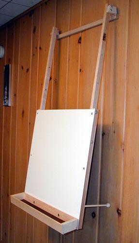 Hanging Art Easel Beka